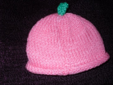 Handknitted hat 3-5lb in Pink
